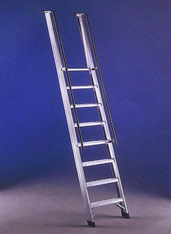 Scala a giorno scale da appoggio per soppalchi e - Scale per librerie ...
